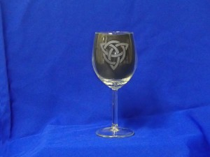 Celtic knot, wine glass
